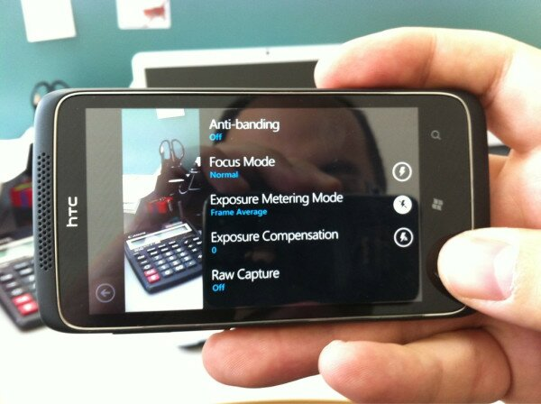 htc-12-megapixel-wp7-phone-2